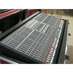 Location console de mixage CREST EIGHT 32